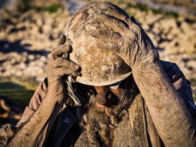 İran'ın Farashband bölgesindeki bir köyde yaşayan 85 yaşındaki Amoo Hadji dudak uçuklatacak cinsten bir özelliğe sahip.